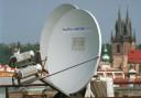 1998 - satelity na střeše ČTK